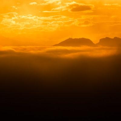 Mist in San Marino zonsondergang