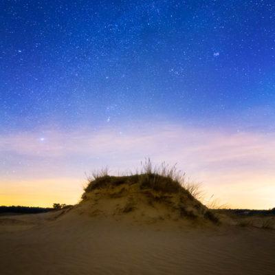 Winterlandschap met sterren op het Kootwijkerzand