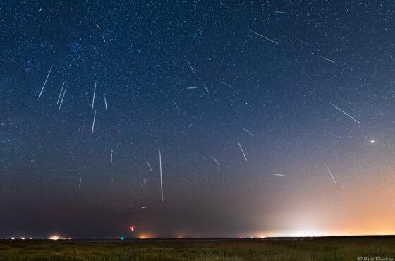 Perseïden meteoren foto's vanaf de waddenkust 2020