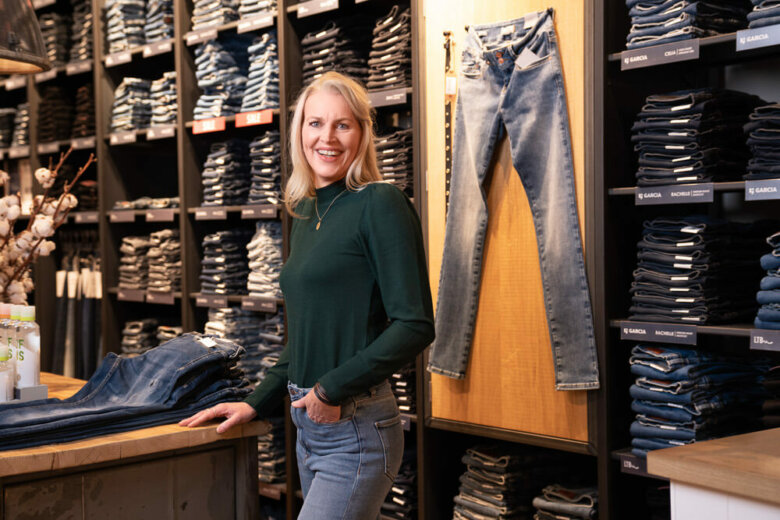 portret jeans centre